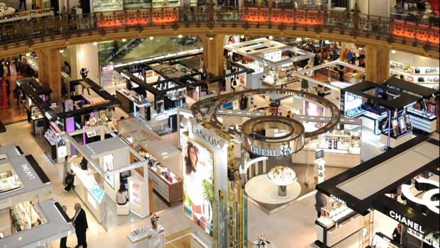 rayon-parfumerie-aux-galeries-lafayette-a-paris-10567395ibnhq_1713
