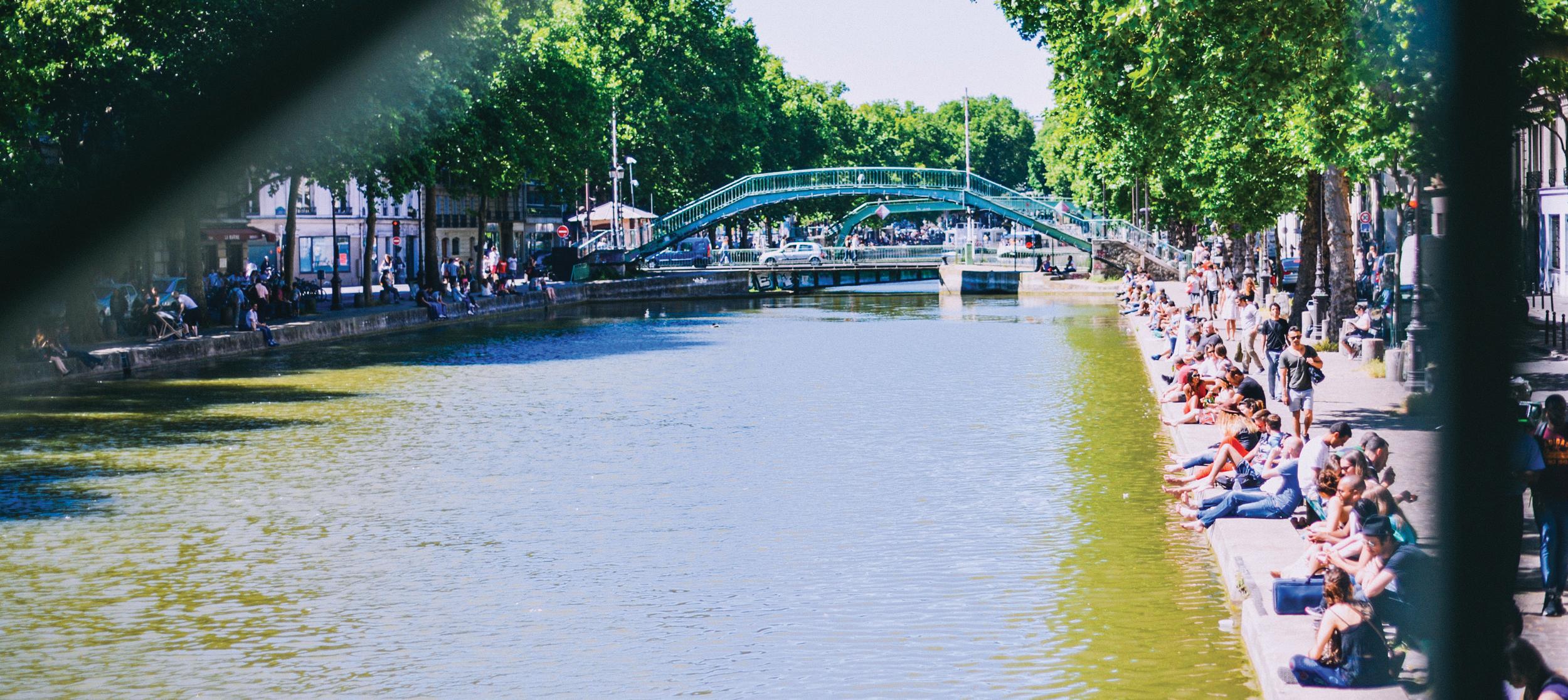 vue du canal saint martin depuis le pont